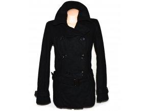 Vlněný dámský černý kabát s páskem Orsay 40