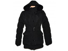 Dámský černý šusťtákový prošívaný kabát s páskem a kapucí  S