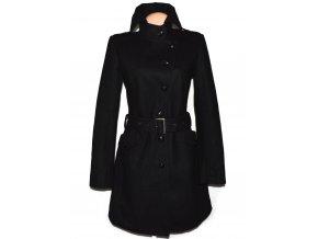 Vlněný dámský černý kabát s páskem AMISU 40