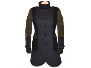 Vlněný dámský šedý kabát s prošívanými rukávy NEXT M