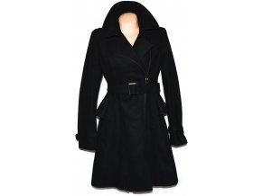 Dámský černý kabát/ křivák s páskem AMISU 40