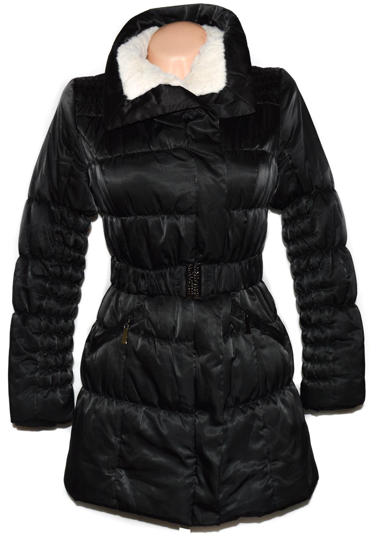 Dámský černý šusťákový kabát s páskem a kožíškem S