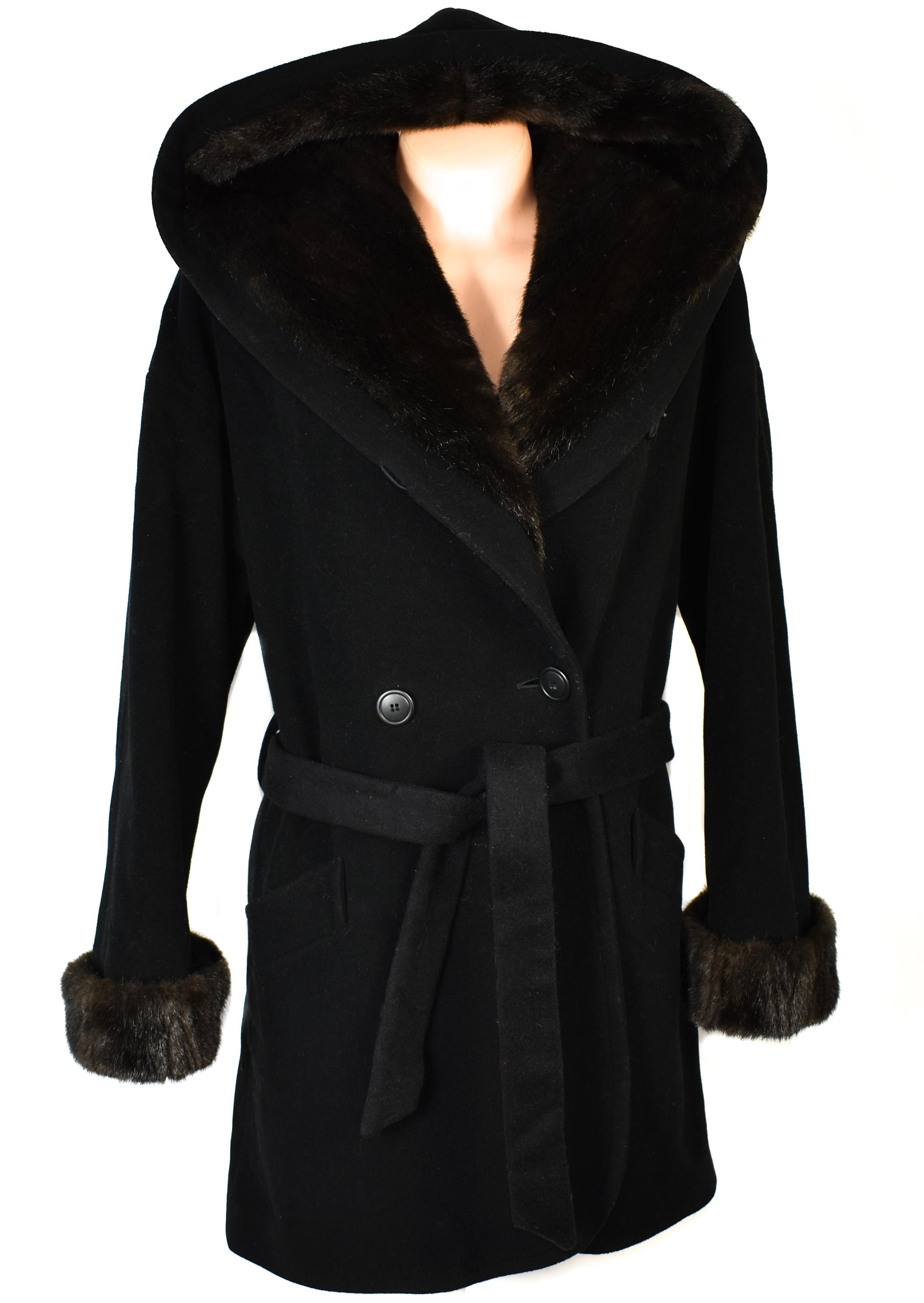 Vlněný (70%) dámský černý kabát s páskem a kapucí Bellandi Italy (vlna, kašmír) XXL+