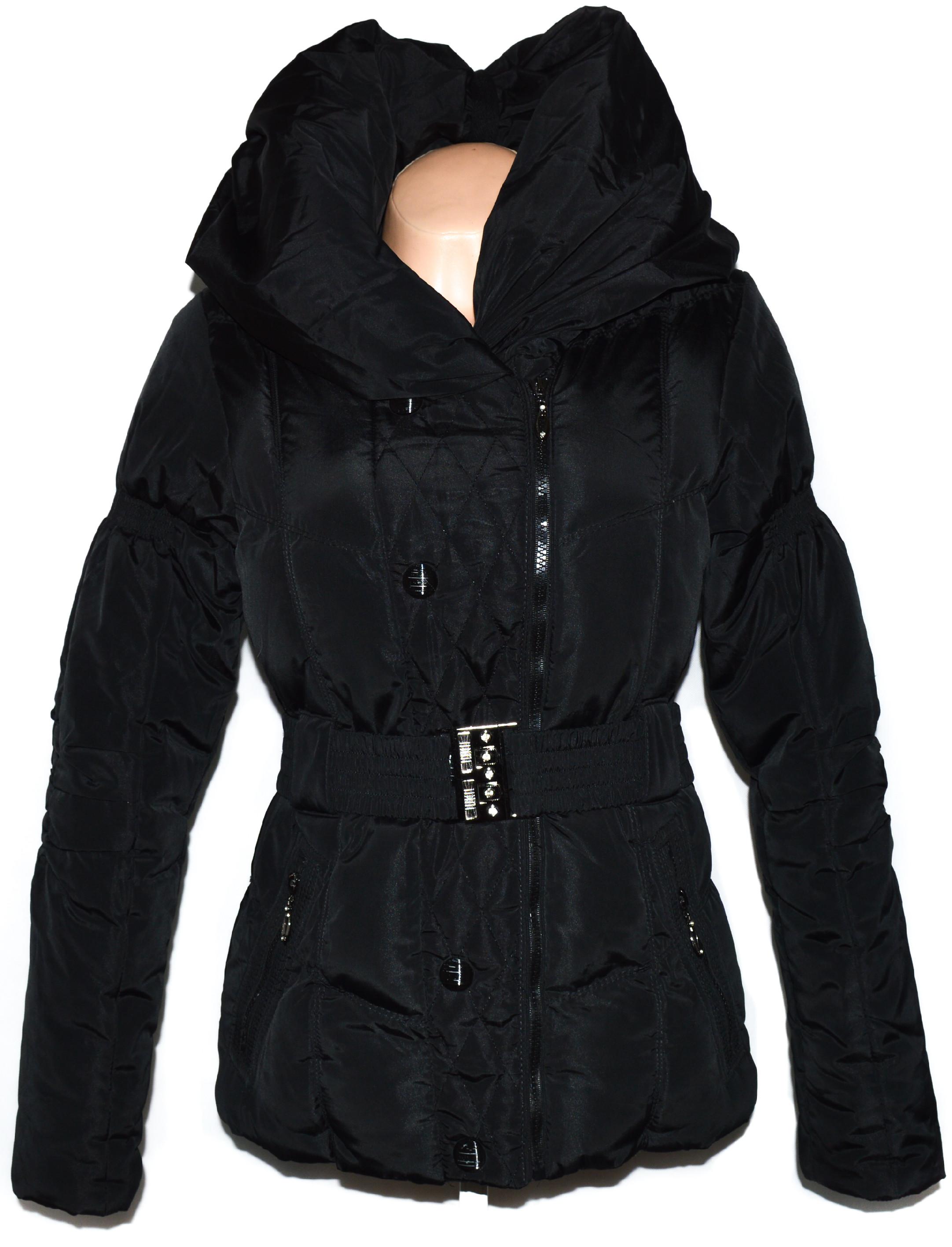 Dámský černý šusťákový kabátek - křivák s pásekm S
