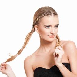 Vlasy v copánku po brazilském keratinu