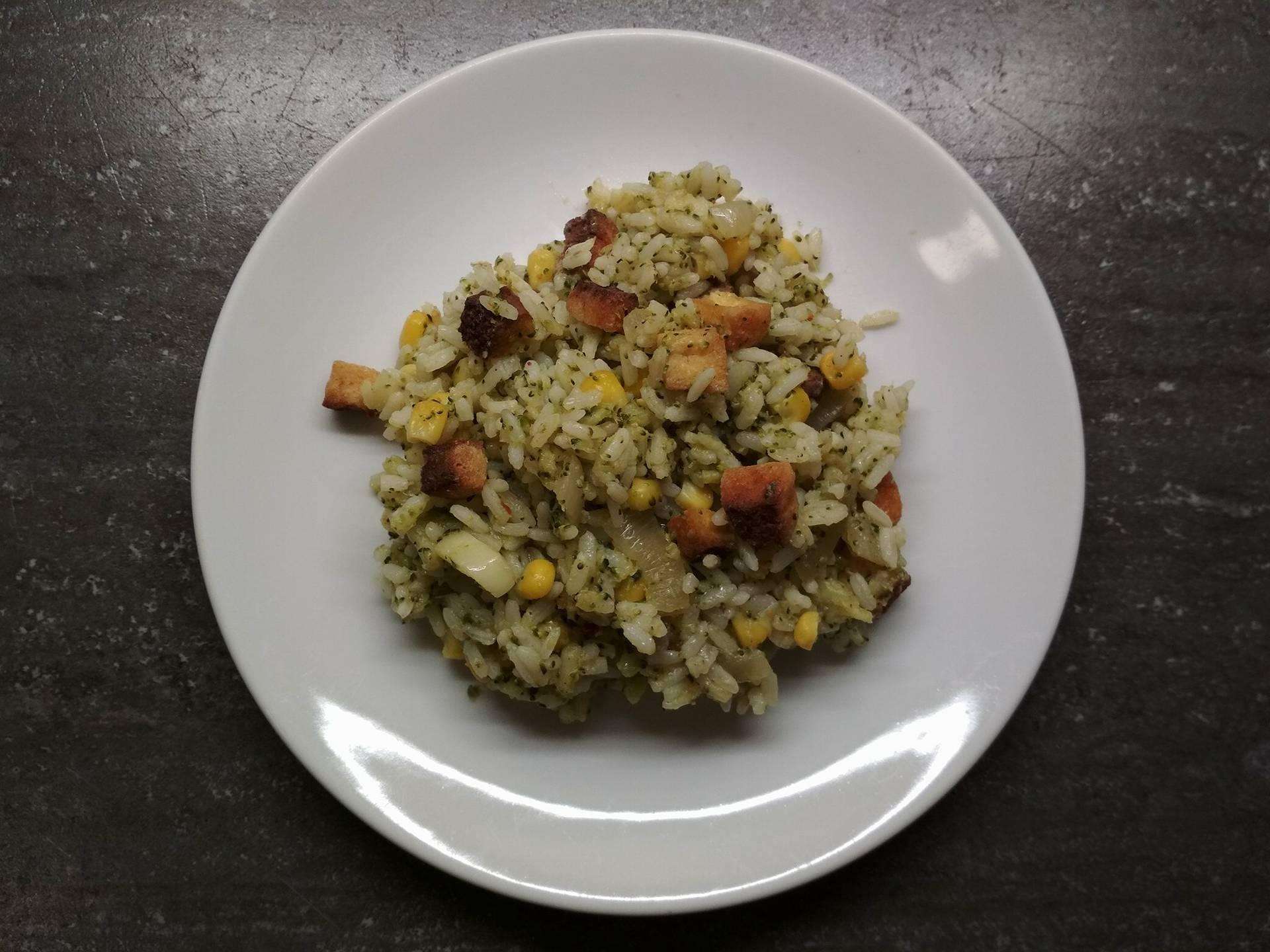 Brokolicové rizoto s křupavým tofu
