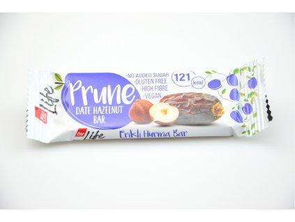 Tyčinka švestková s lískovými ořechy - Pike Life 30g AKCE