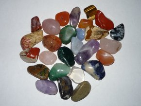 Tromlované kameny mix druhů sada 20ks 20-30mm