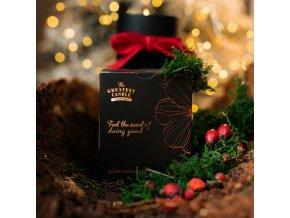 The Greatest Candle Vonná svíčka v černém skle (170 g) - květ darjeelingu