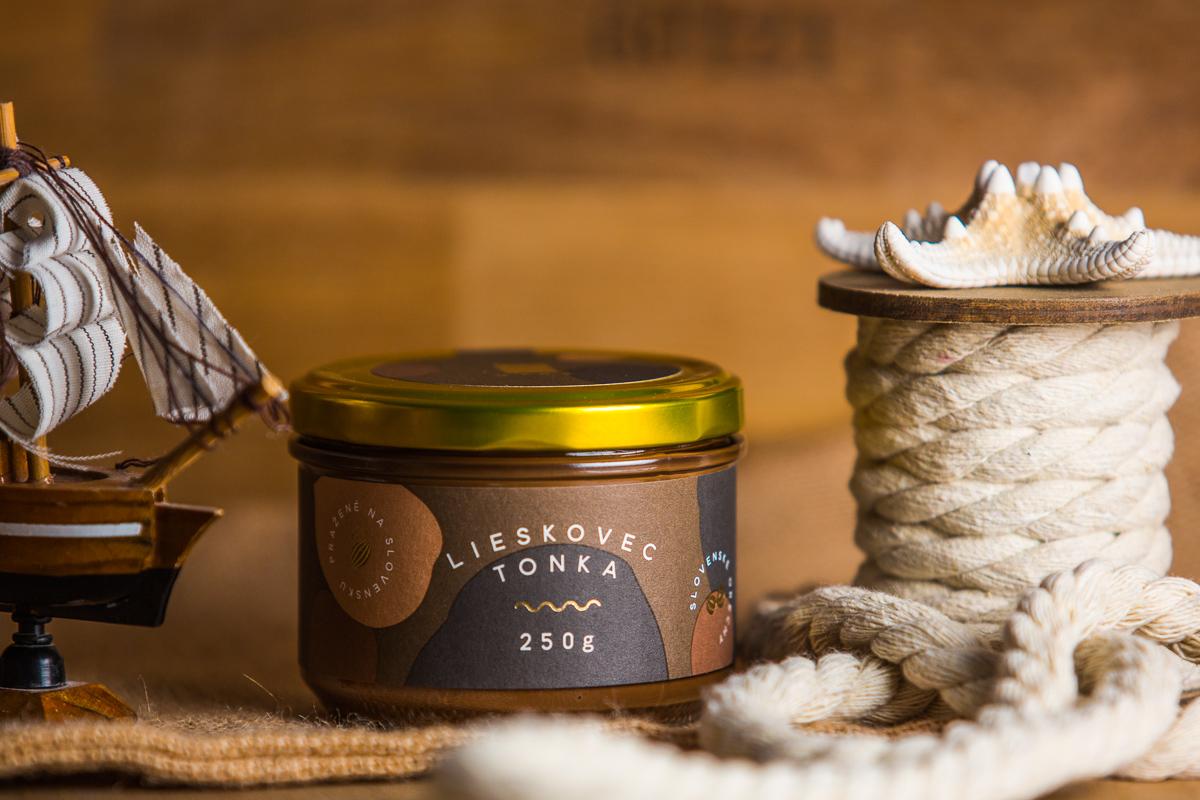 čokoláda lyra lieskovcový krém tonka coffeeport