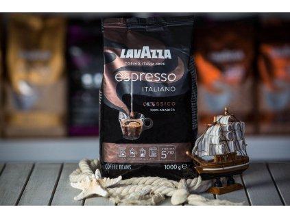 zrnkova kava lavazza espresso italiano classico coffeeport 006