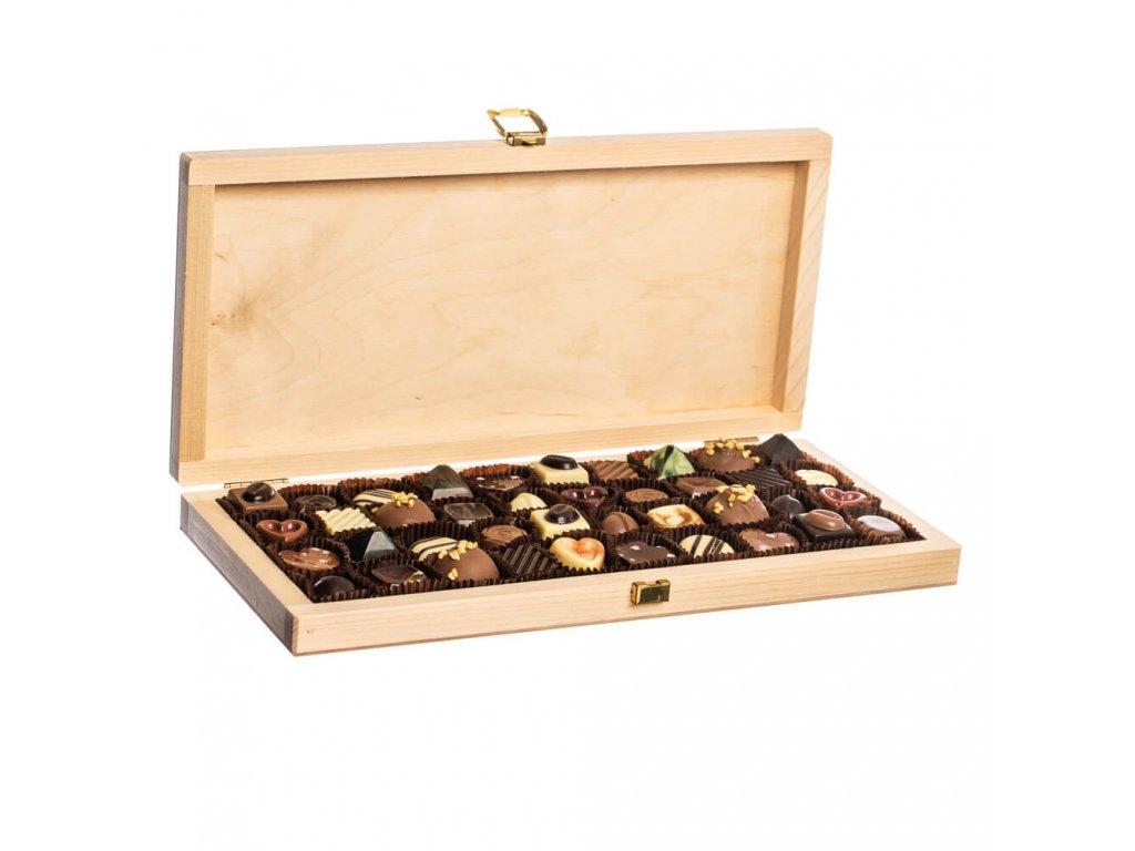 drevena krabicka pralinek cokoladovna janek darek luxusni reprezentativni janek cokolada.jpg