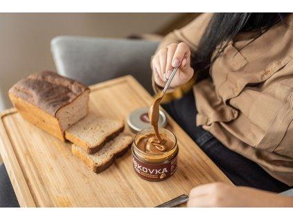 liskovka krem orechovy s kakaem cokolada cokoladovna janek.jpg