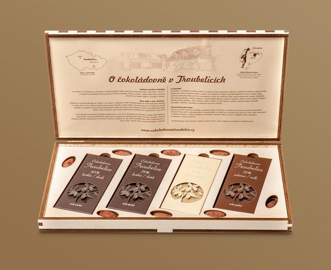 Dřevěné kazety s čokoládou