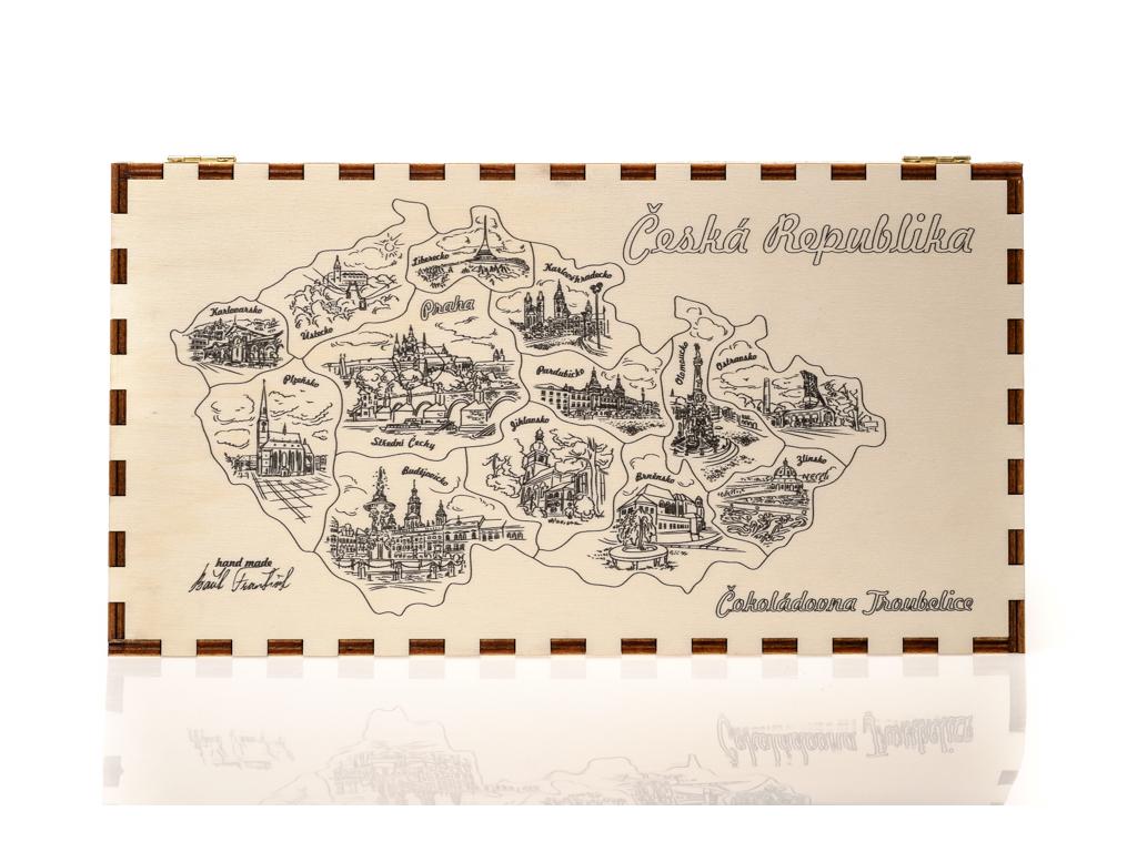 Dřevěná kazeta s čokoládami - mapa ČR kraje, Čokoládovna Troubelice