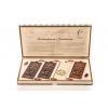 Dřevěná kazeta s čokoládami - Čokoládovna Troubelice