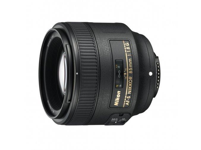 Nikon AF-S Nikkor 85mm f1,8G - zpětný bonus 1.250,-Kč