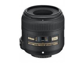 Nikon AF-S DX Micro Nikkor 40mm f2,8G - zpětný bonus 1.300,-Kč