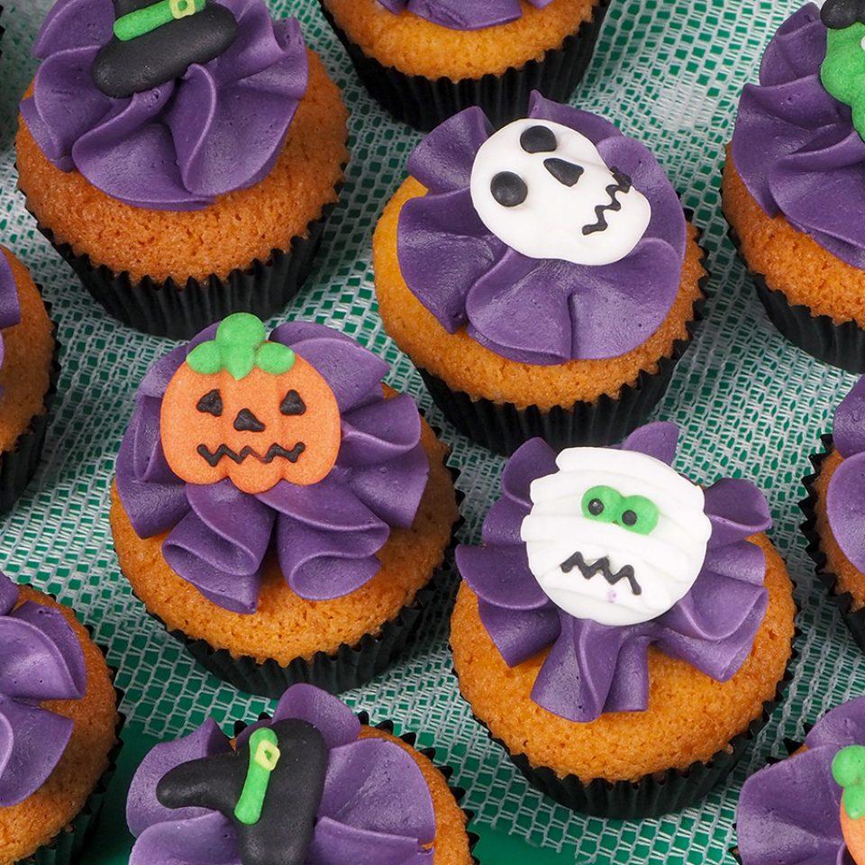 FunCakes-recept-mini-halloween-cupcakes-website-1-960x960-c-default
