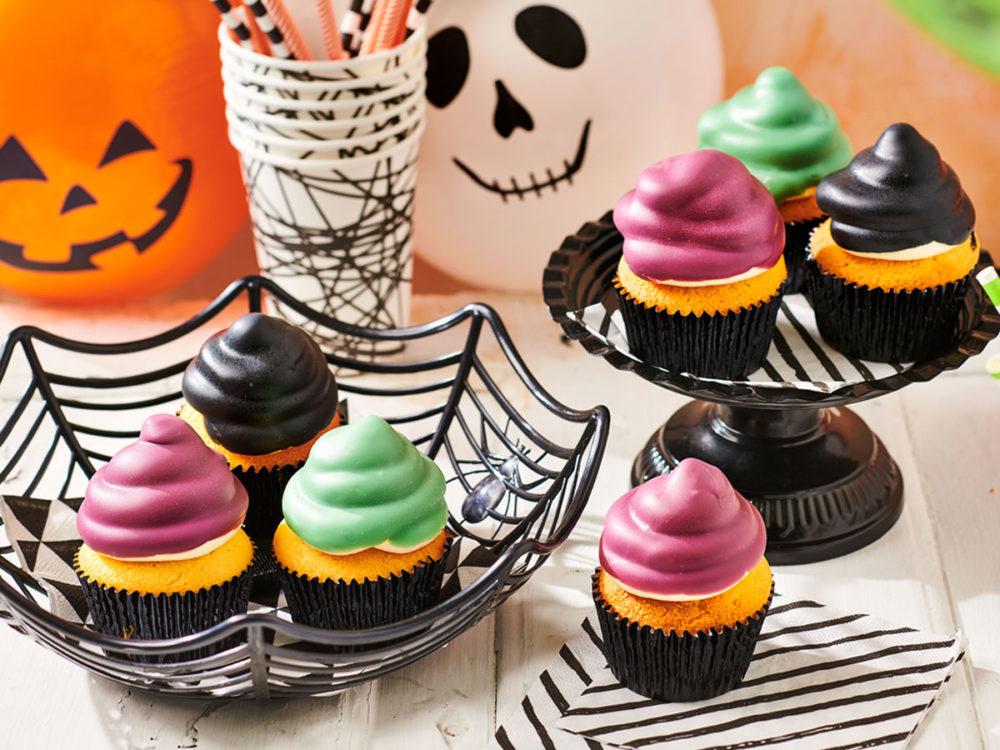 Halloween_dip_cupcakes-1000x750