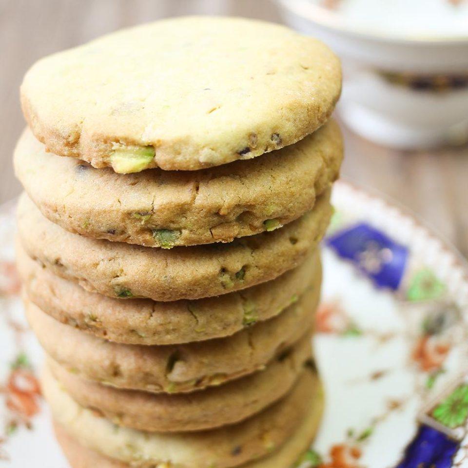 Pistachio-cookies-960x960-c-default