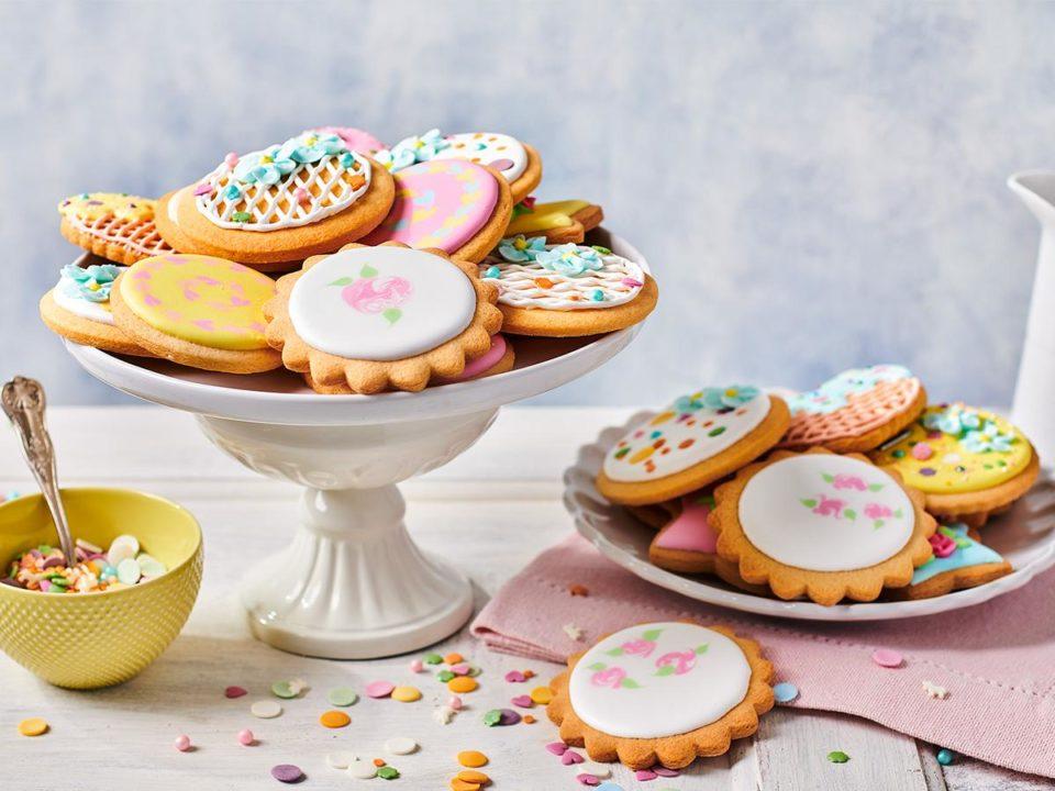 Royal-Icing-Cookies-960x720-c-default