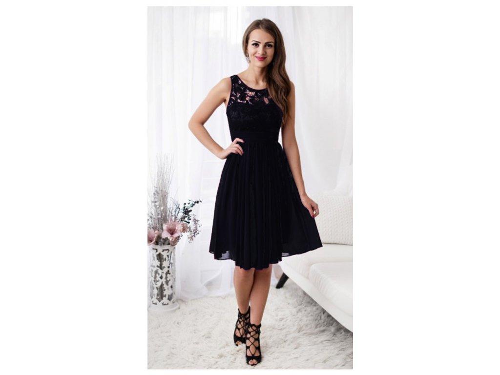 ab7a13916f4 Malé černé šaty do tanečních