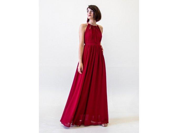 Červené šaty s americkým průramkem