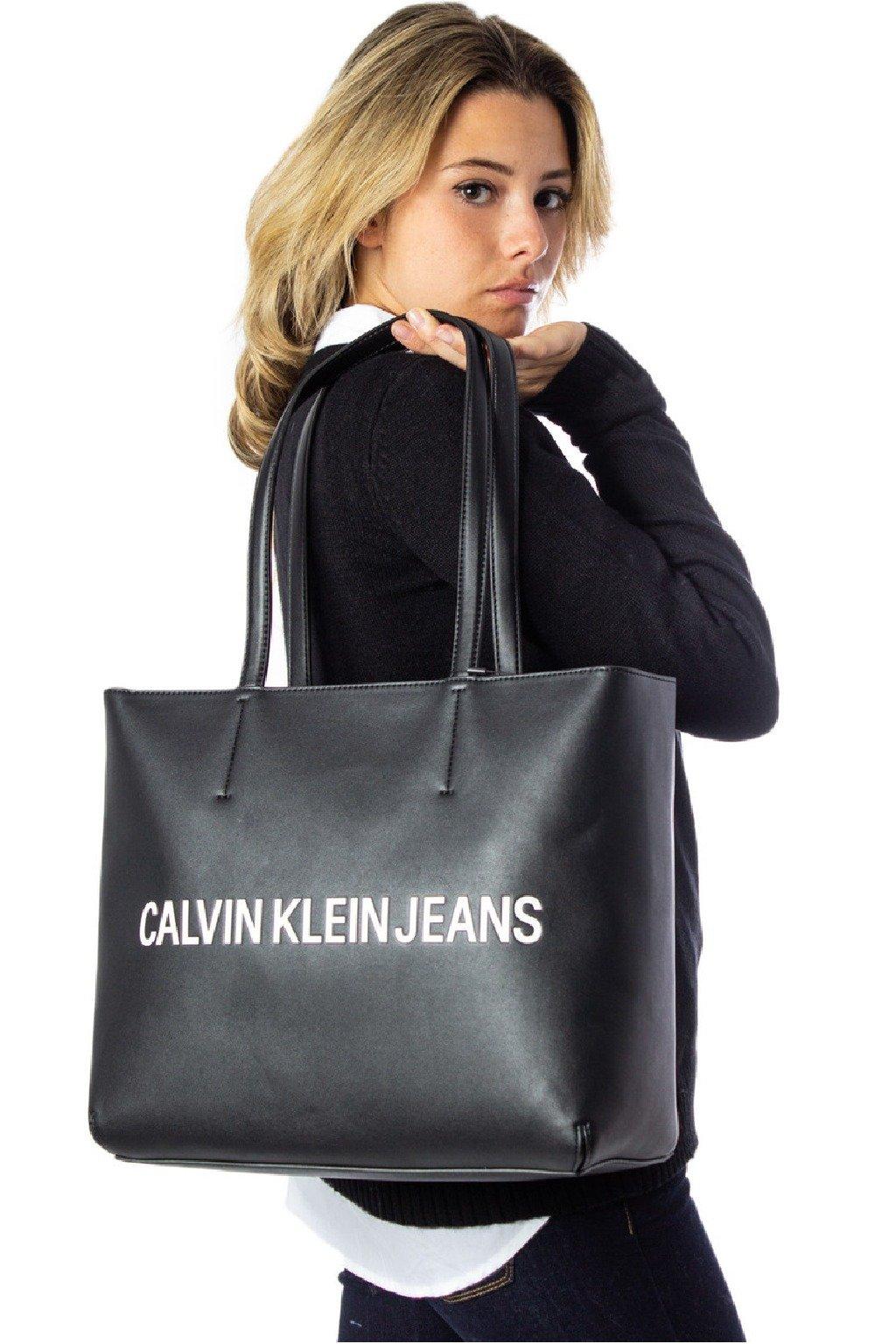 Kabelka Calvin Klein Cerna A4 tote shoper shopperka CKJ pres rameno znackova kabelka CK (5)