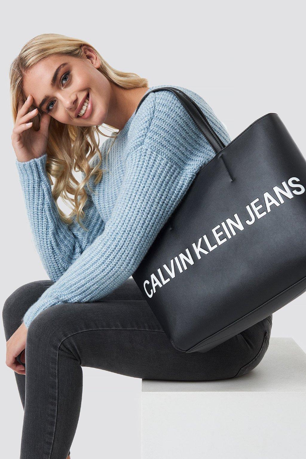 Kabelka Calvin Klein Cerna A4 tote shoper shopperka CKJ pres rameno znackova kabelka CK (1)