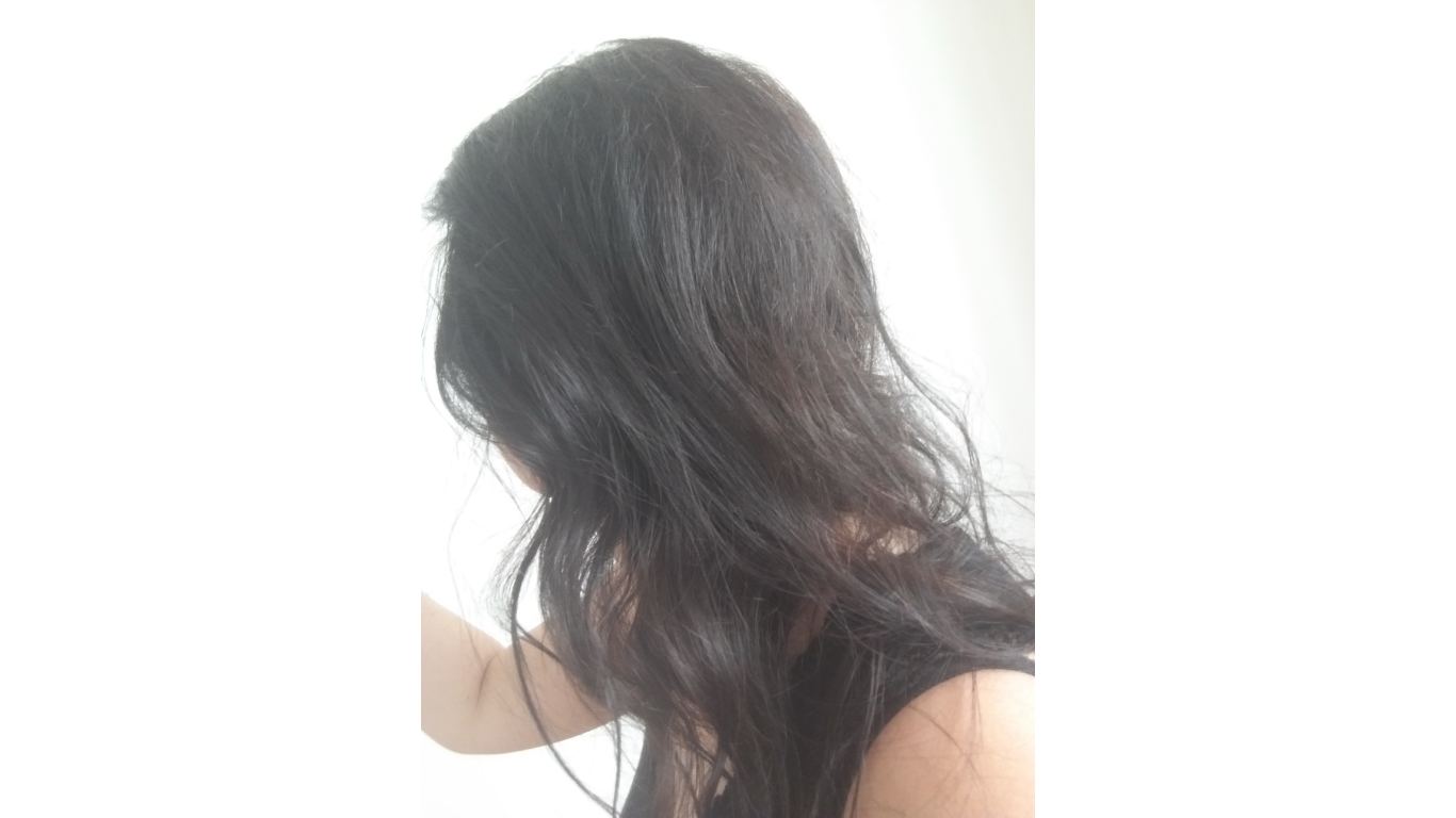 Hnědá barva na vlasy ve studeném odstínu – jak se vyvarovat zrz