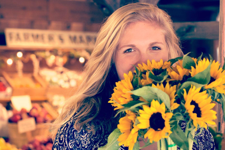 Jak přejít z chemické blond na přírodní barvy
