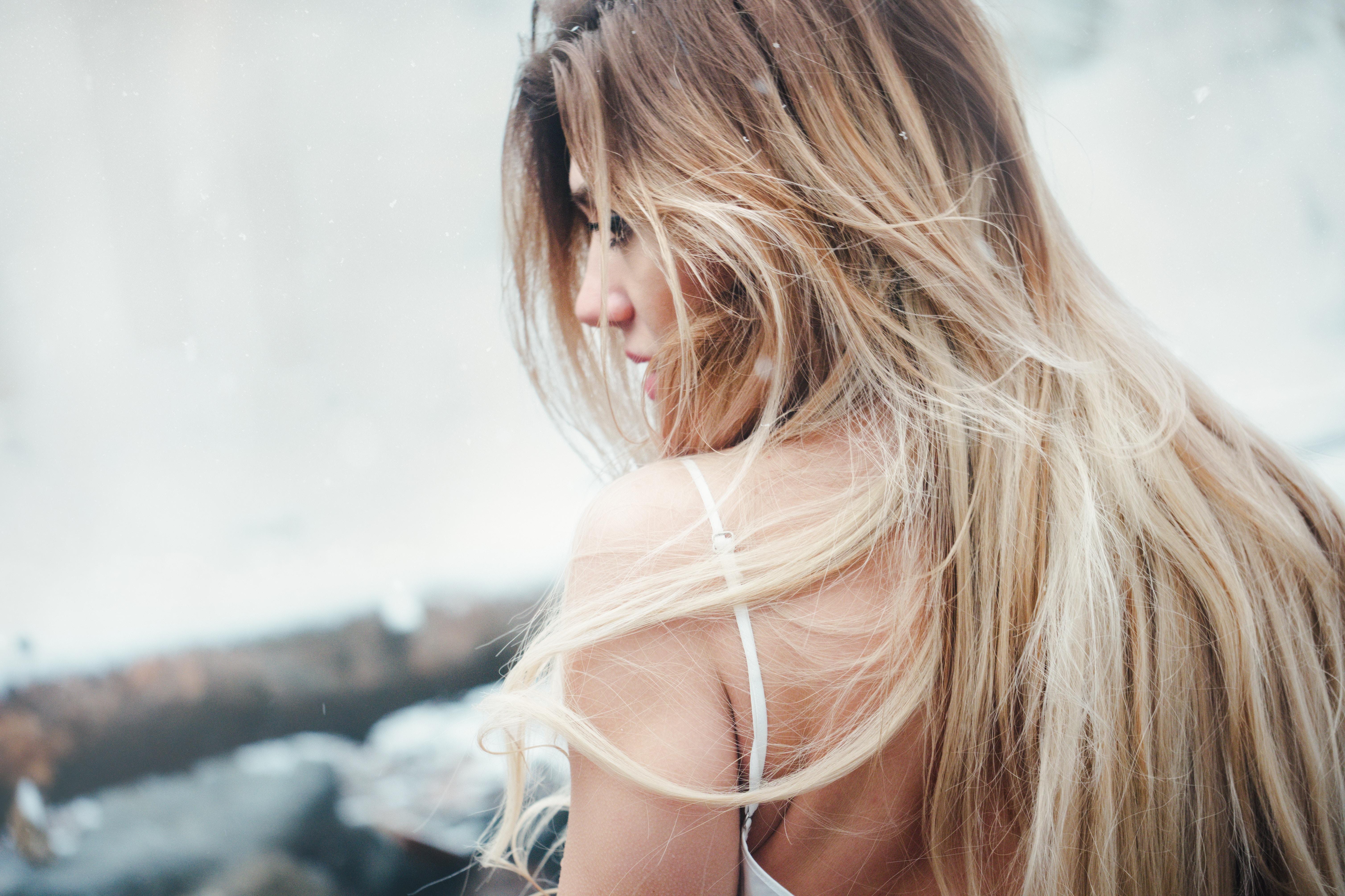 Přírodní barva pro zesvětlené blond vlasy