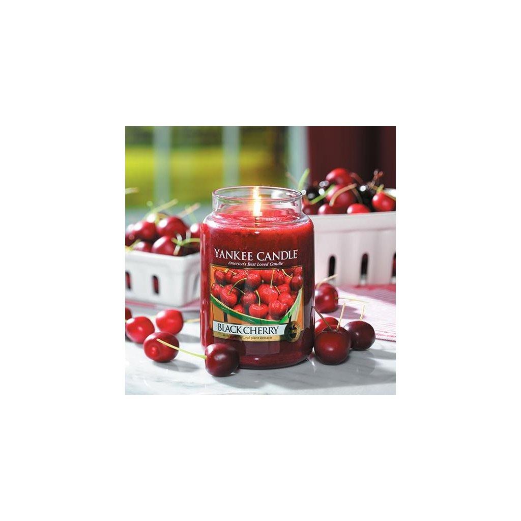 Yankee Candle - vonná svíčka Black Cherry 623g