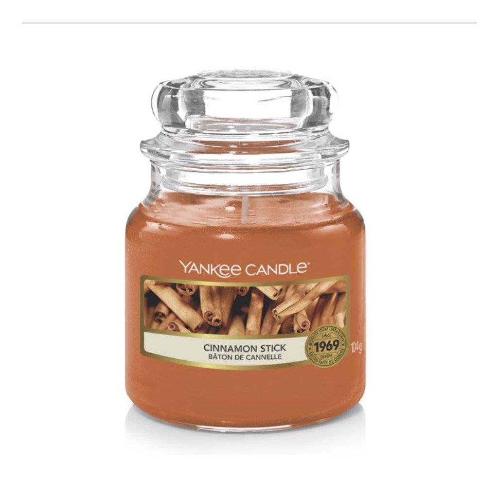 Yankee Candle - vonná svíčka Cinnamon Stick (Skořicová tyčinka) 104g