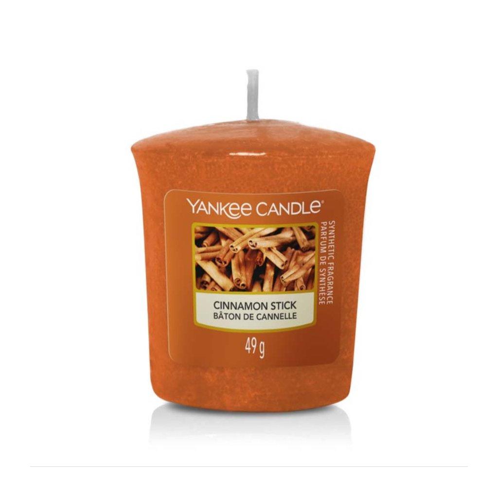 Yankee Candle - votivní svíčka Cinnamon Stick (Skořicová tyčinka) 49g
