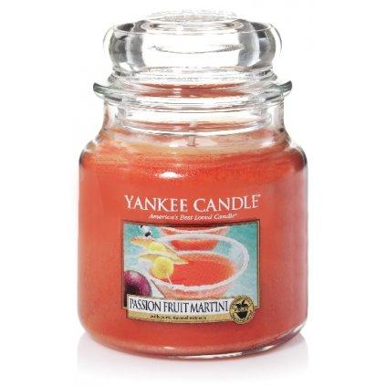 Yankee Candle - vonná svíčka Passion Fruit Martini (Tropický koktejl s Martini) 411g