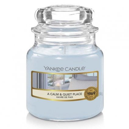 Yankee Candle - vonná svíčka A Calm & Quiet Place (Klidné a tiché místo) 104g