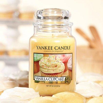 Yankee Candle - vonná svíčka Vanilla Cupcake (Vanilkový košíček) 623g