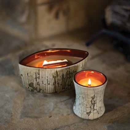 WoodWick - vonná svíčka Fireside (Oheň v krbu), keramika Fireplace 133g