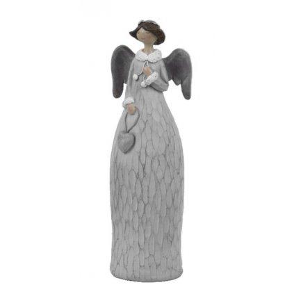 Anděl se srdíčkem 15 cm