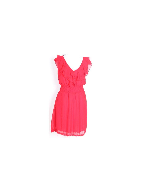 červené šaty s volánem