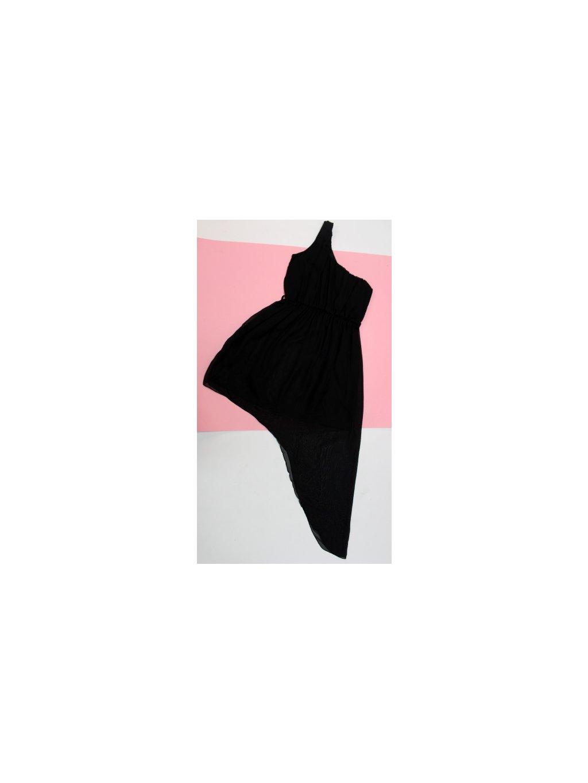 černé asymetrické šaty