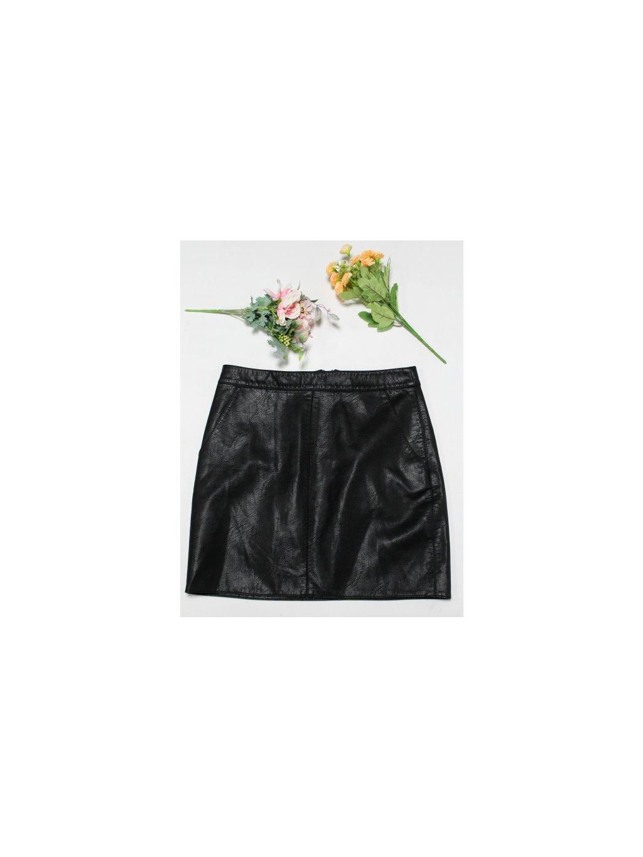 elegantní černá sukně