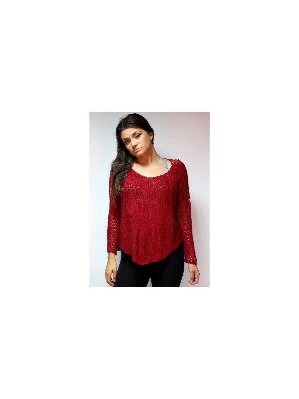 lehký červený svetřík