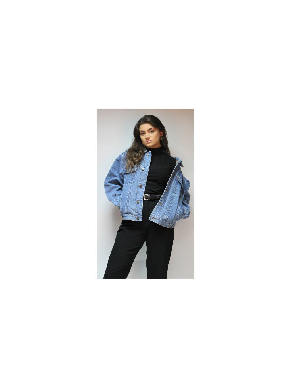 modrá džínová bunda