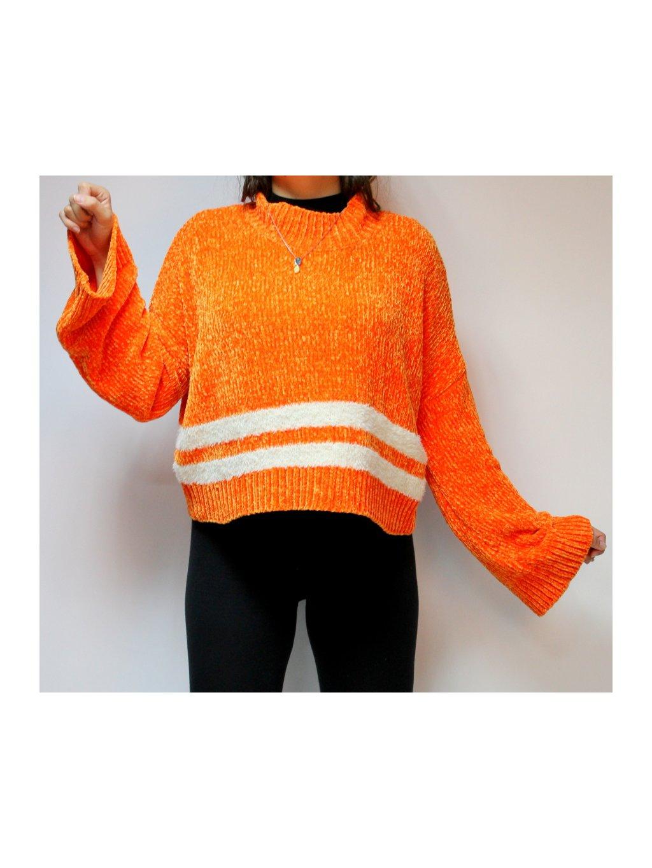oranžový svetr s pruhem