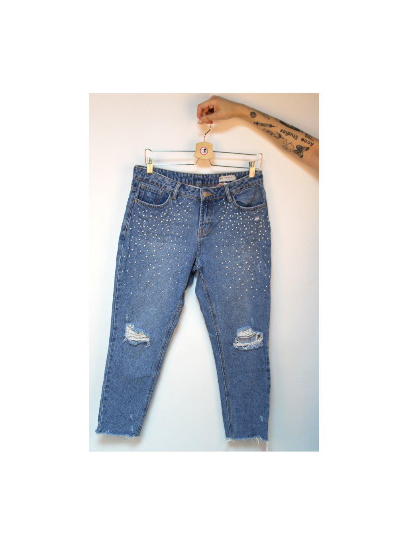 ripped džíny s perličkami