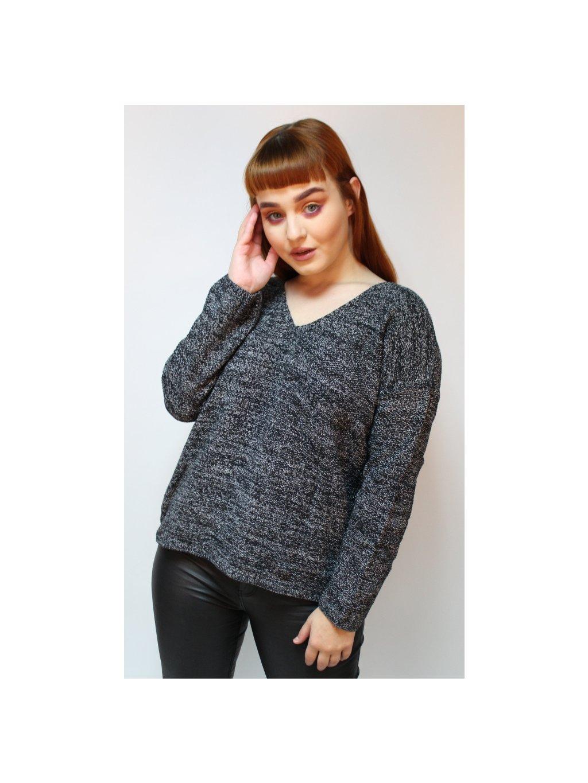 žíhaný svetr