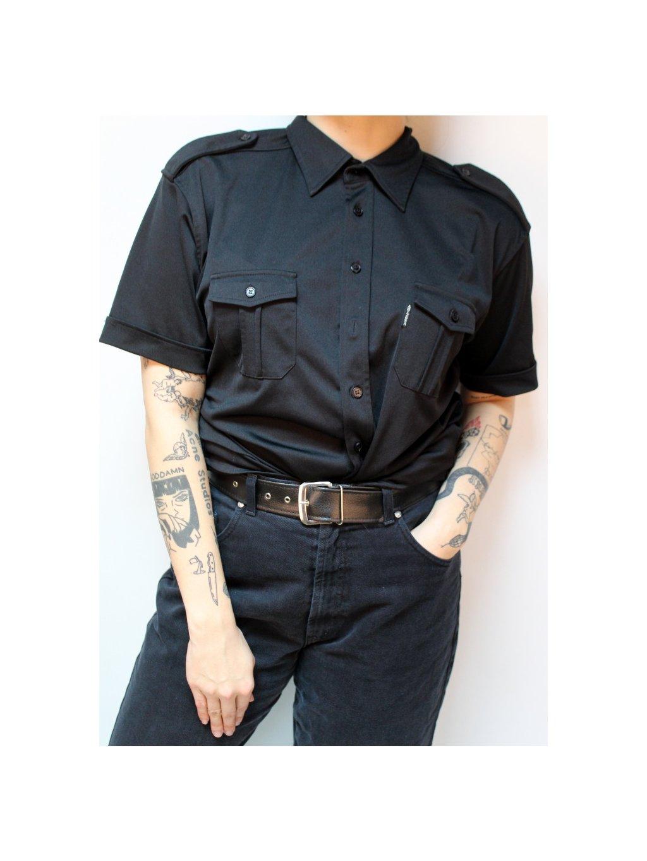 černá halenka s krátkým rukávem